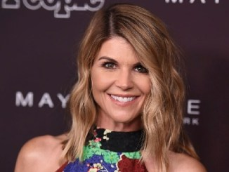 Lori Loughlin Bio, Daughter, Husband, Full House, House, & Net Worth