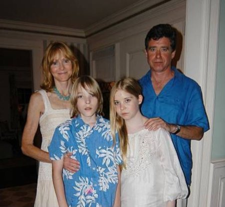 Jay McInerney with his wife and their twin kids.