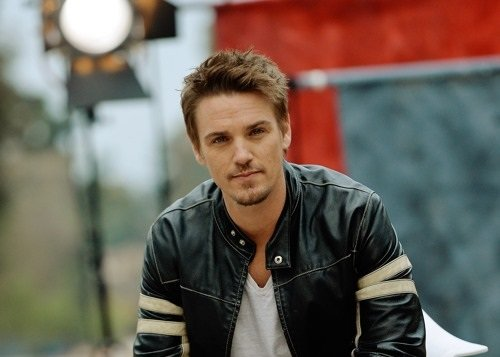 Riley Smith Bio, Net Worth, Age, Married, & Children