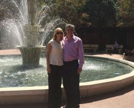Eddy Cue with his wife, Paula Cue at City of Hope