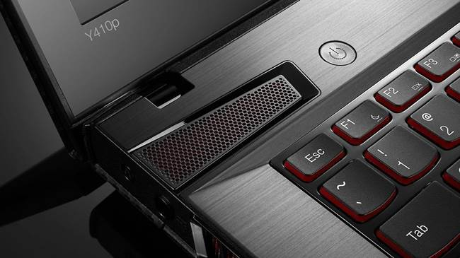Lenovo Y410P speakers - #5 Best gaming laptops under $1000