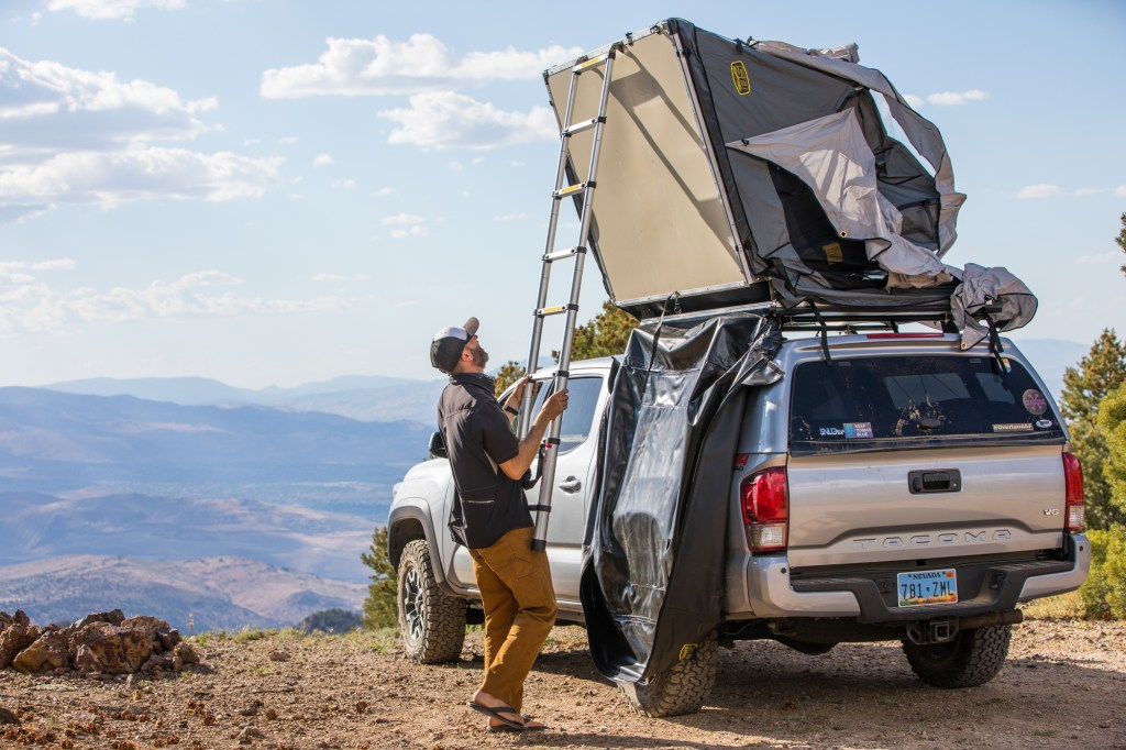 Deploying a Roof Top Tent on a Toyota Tacoma