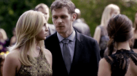 """You are making a scene, love."" Klaus said to his date Caroline and every Klaroline shipper in the world sighted: ""Aww, they look just like a married couple."" Please give us a Klaroline kiss, TVD writers!"