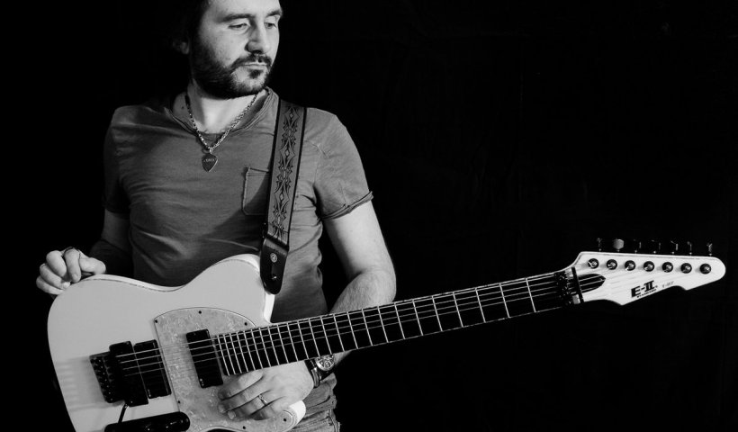 Francesco Fareri and his Fretboard Skills