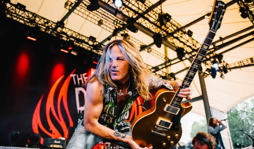 The Dead Daisies Doug Aldrich Discusses New Album & New Suhr Guitar