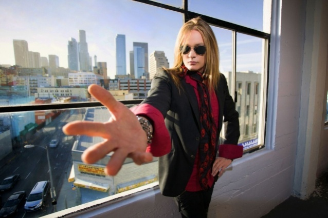Sebastian Bach To Perform Skid Row's Entire Debut Album On 30th-Anniversary Tour