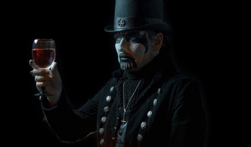 Watch Fan-Filmed Video Of King Diamond On Opening Night In Dallas