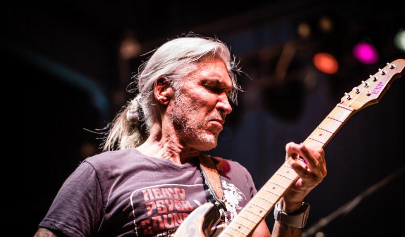 George Lynch's New Solo Album 'Seamless' Is A Must Listen