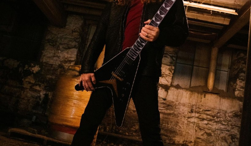 """Dave Mustaine Of Megadeth On Gibson TV's """"Icons,"""" Streaming Now"""