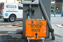 OH MY GOD THEY HAVE DETOURS FOR CYCLISTS.