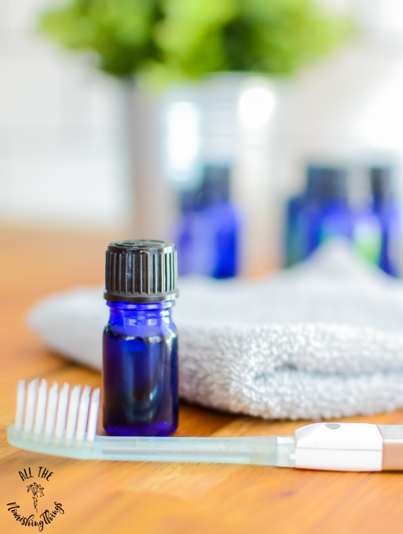 Oral Health Essential Oil Blend {fight bad breath, cavities, & gum