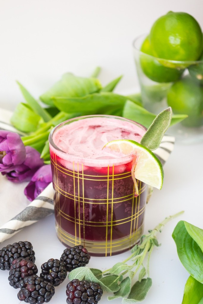 The Black Betty a.k.a. the BEST Low-Carb Paleo Blackberry & Sage Cocktail! (stevia-sweetened!)