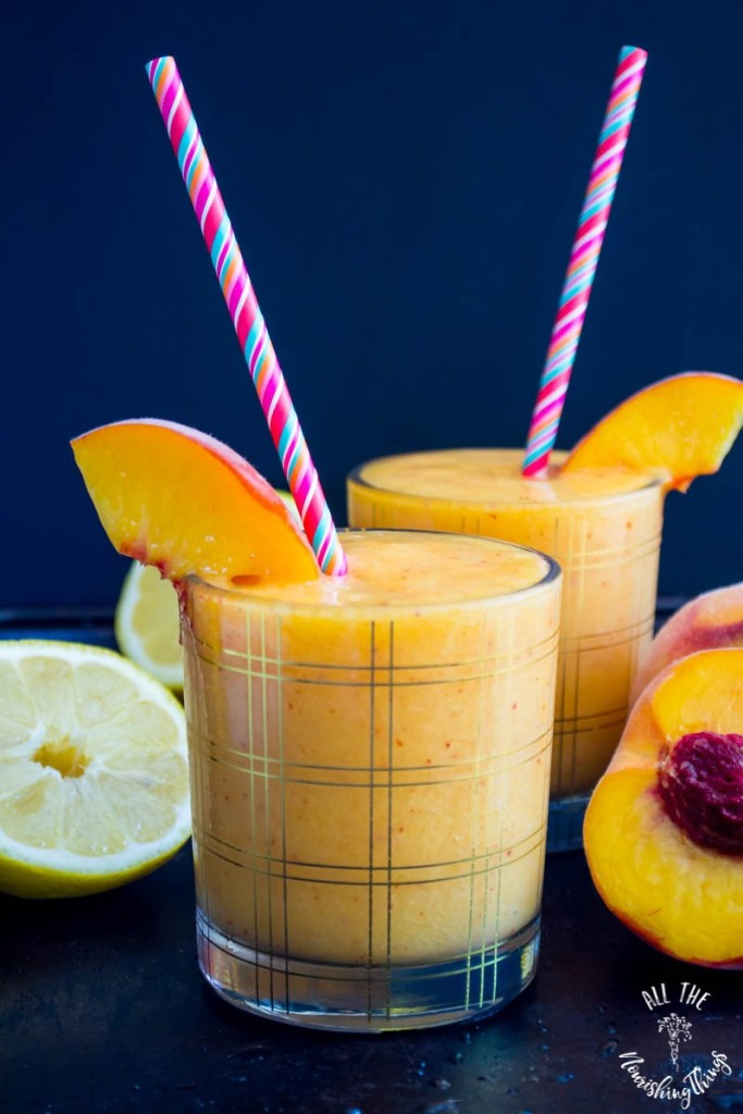 3-Ingredient Healthy Peach Slushie (low-carb, paleo, vegan, THM:E, real food)