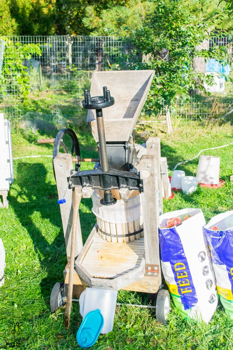 old-fashioned apple cider press