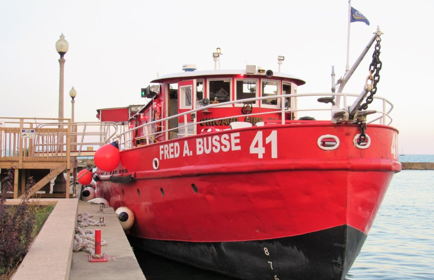 Front view of the Fred A. Busse Engine 41 fireboat