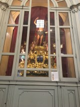 The statue of San Giovanni! The light was blocking his face.