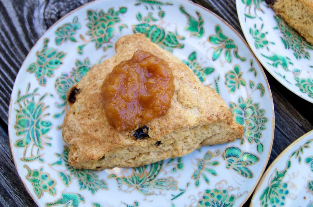 golden raisin-ginger scones