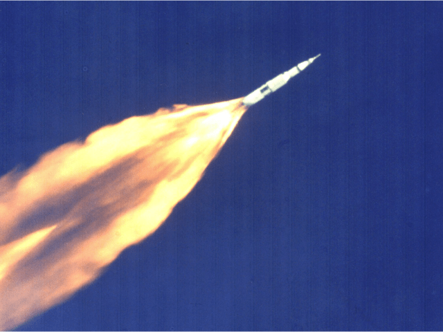 rocket-flying-feature