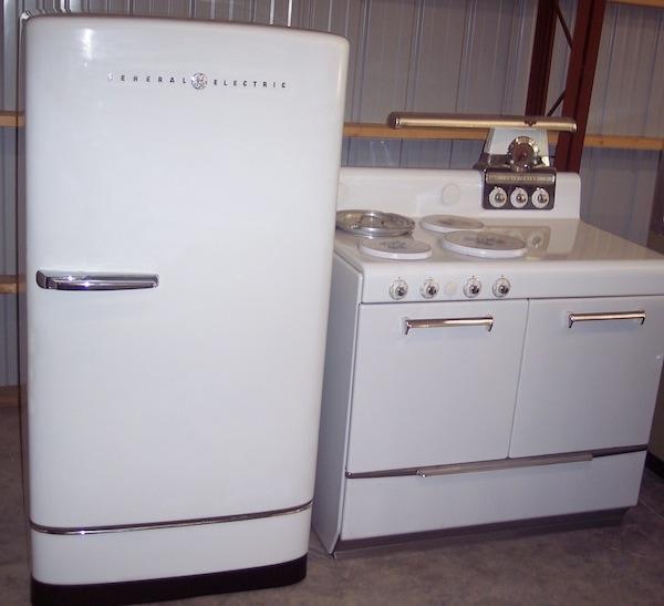 1949 vintage kitchen pieces