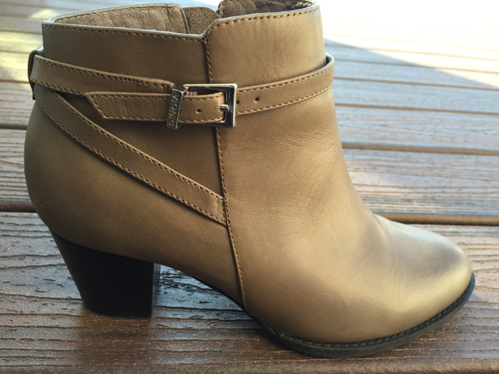 Vionic Upton Ankle Bootie