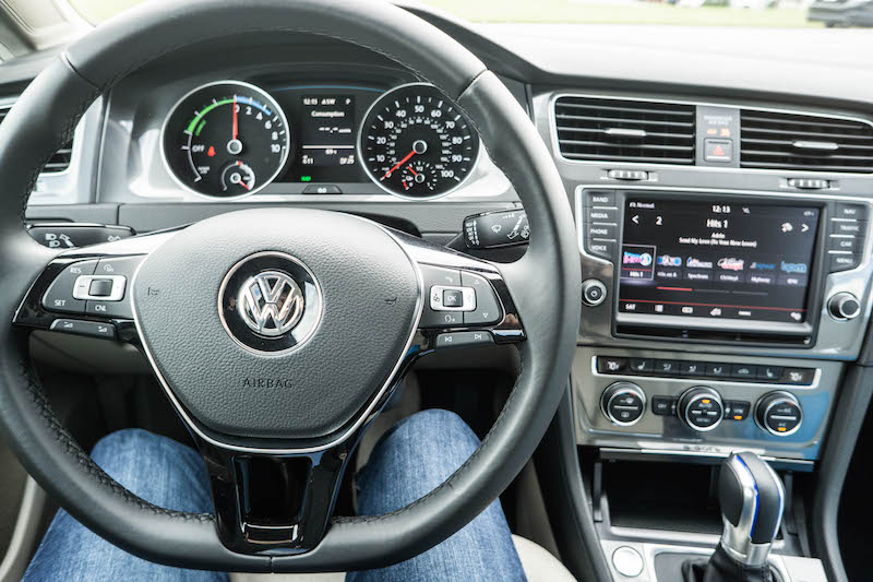 vw-egolf-interior