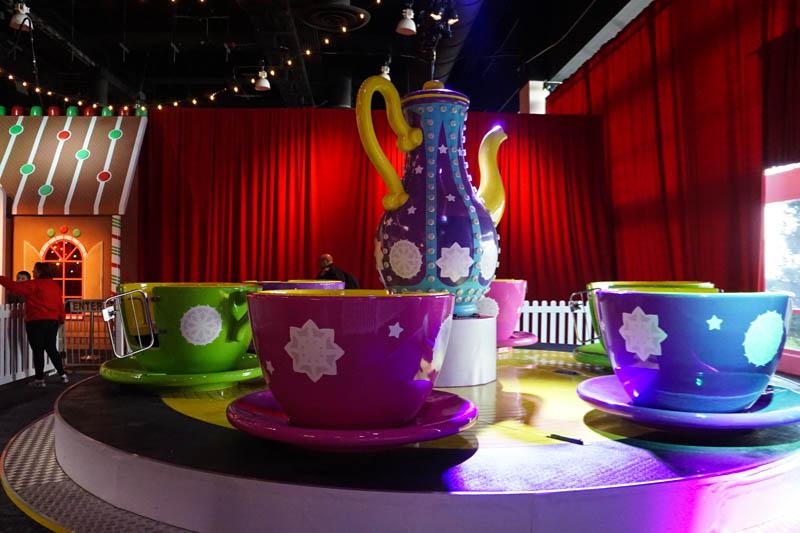 Tea cup ride - Christmas Village