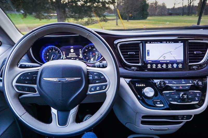 chrysler-pacifica-steering-wheel