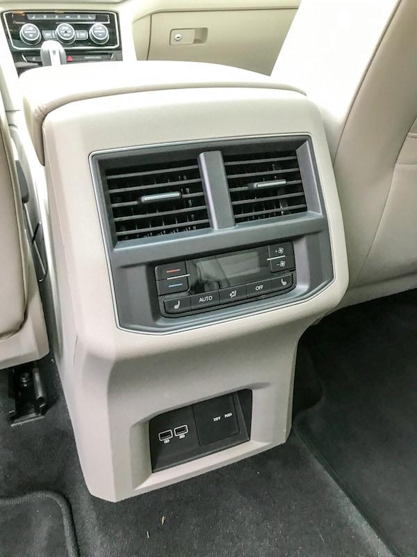 VW Atlas second row - concole