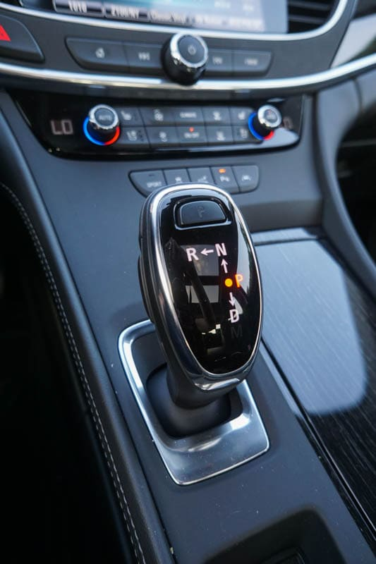 Buick LaCrosse - shifter