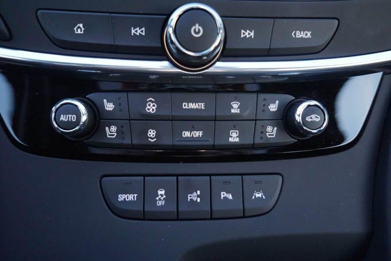 Drive assist features - Buick LaCrosse