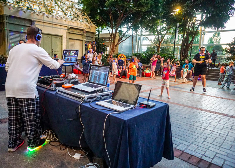 Gaylord National - Silent Disco