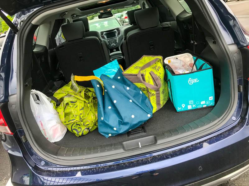 Hyundai Santa Fe - groceries