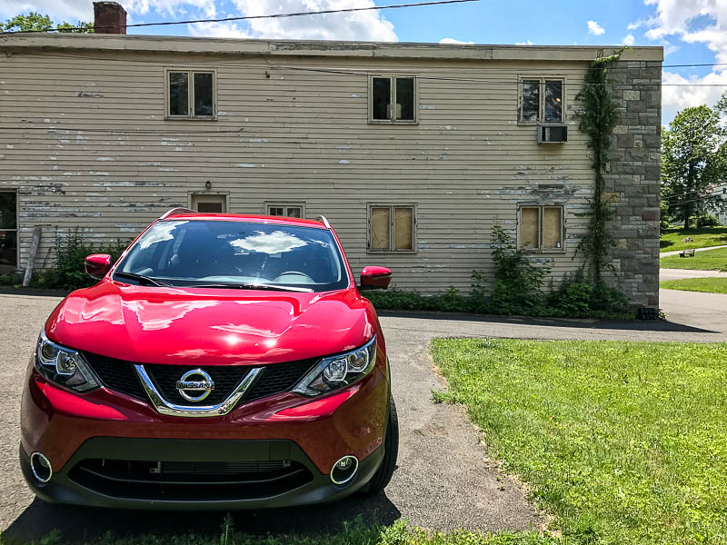 Nissan Rogue Sport - Antique shop in Woodbury, CT