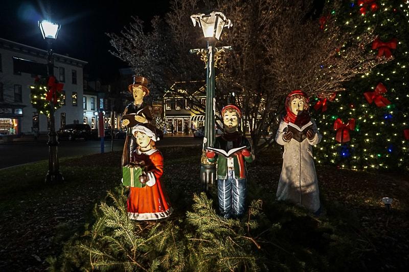 Gettysburg Christmas Carolers