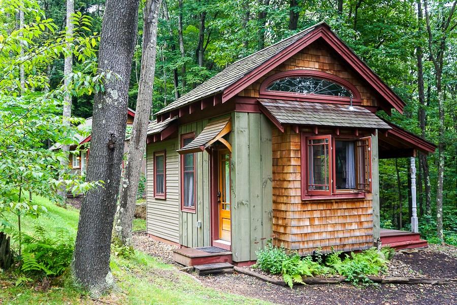 Cabin at Blue Moon Rising