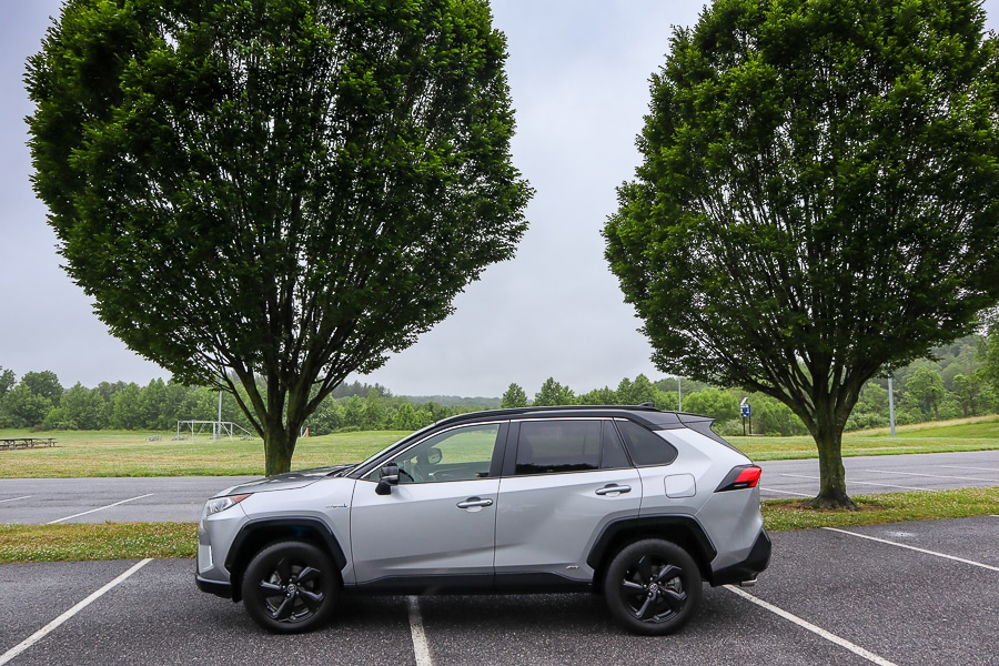 2019 Toyota RAV4 Hybrid – The Compact SUV That's Thought of Everything