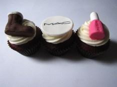 fashion_cupcakes_513638