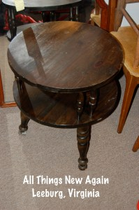 2level_round_sidetable