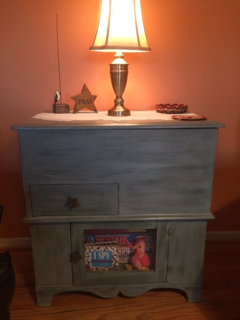 Eileens toy chest_at home