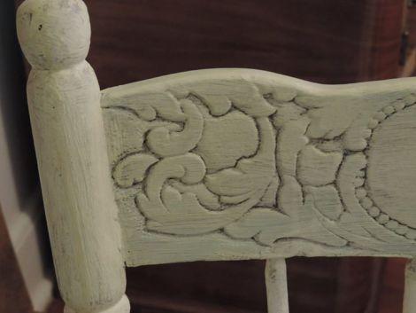 Lucy_Heavens Light chair_closeup2
