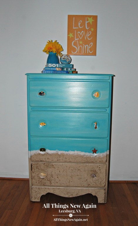 Day at the Beach Dresser | Dixie Belle Paint | Beach Themed Furniture | DIY Coastal Furniture Makeover
