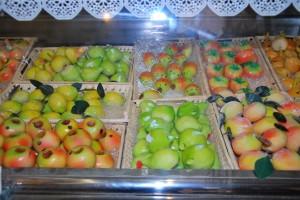 marzipan-fruit-300x200