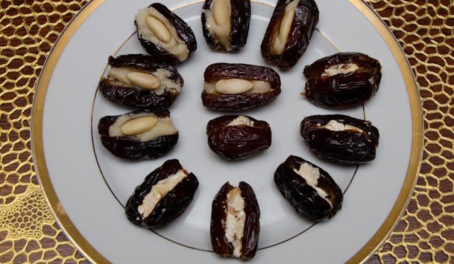 STUFFED DATES (With marzipan or nougat)