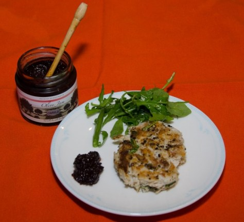 Fish-patty-olive-jam-roquette-salad-2-800x730