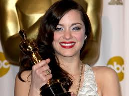 Popular Hollywood Actresses: Marion Cotillard