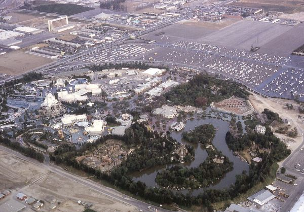 The Disney world resort is about the same size as San Francisco