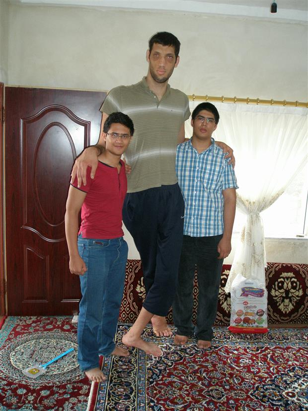 Morteza Mehrzad - Third Tallest Person