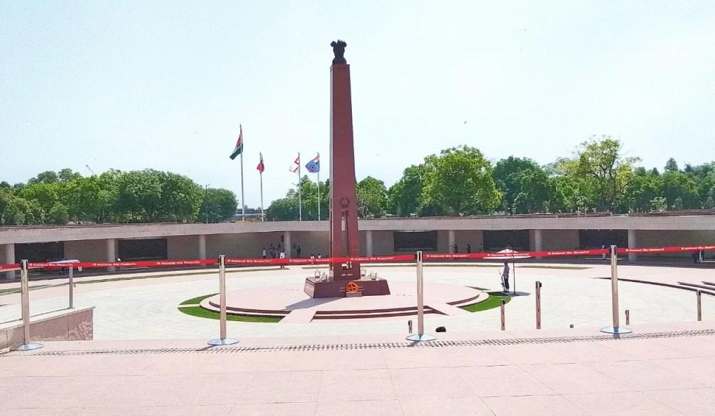 राष्ट्रीय युद्ध स्मारक, National War Memorial, India Gate, New Delhi