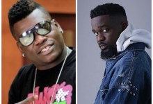 Photo of Ask Greedy Sarkodie If He's Given GH¢1 To Castro's Mom' – Ayisha Modi