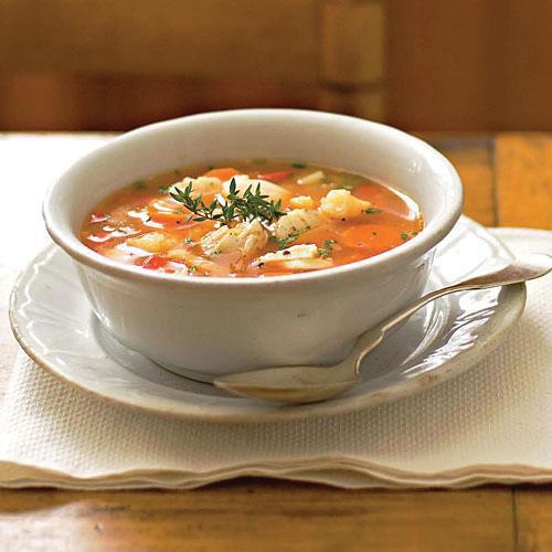 Tomatoe based white wine fish soup2